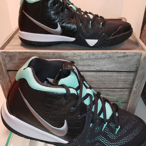 ba87333a6923 Nike Shoes - NIKE Kyrie 4 Tropical AA2897 390 sz 7Y